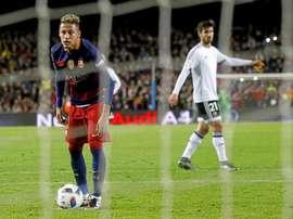 Neymar ainda pensa no Barcelona. EFE