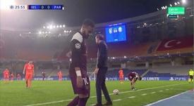Neymar sai de campo lesionado e liga o alerta no PSG. Captura/MovistarLigadeCampeones