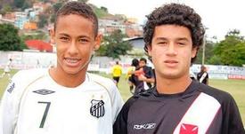 O Santos colocou uma foto de Neymar e Coutinho juntos. Twitter