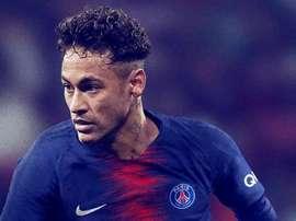 Neymar escalado na seleção do Campeonato Francês. Twitter/Neymarjr