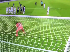Neymar got in on the act with a stunning free kick. Twitter/ESPNBrasil