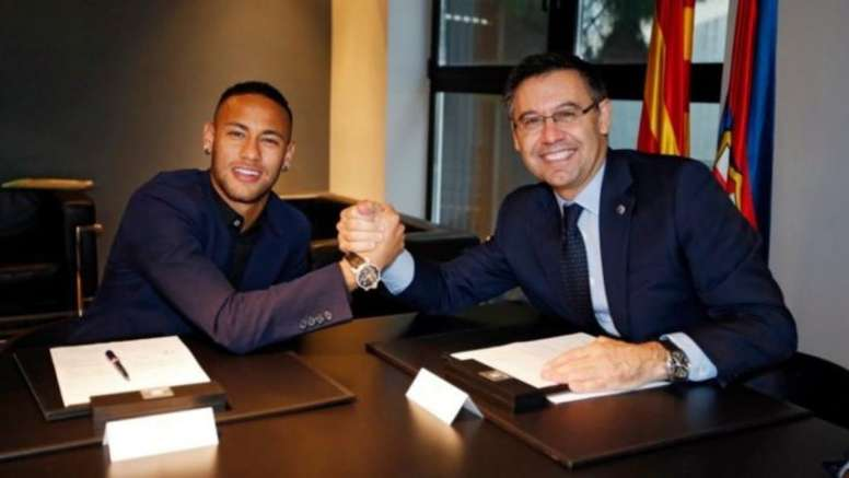 Bartomeu may have to get involved if Neymar is to rejoin Barca. EFE