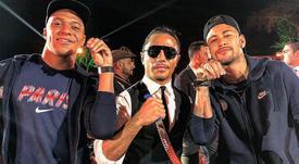 Neymar e Mbappé aproveitaram a visita. Instagram/SaltBae