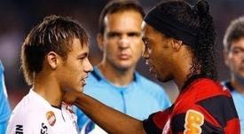 Ocho años de la exhibición conjunta de Neymar y Ronaldinho. Captura/Youtube