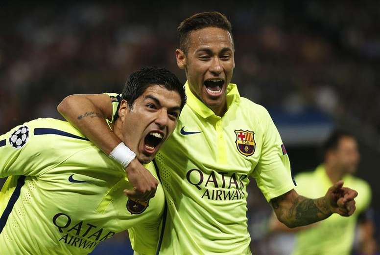 The Barcelona team wanted to help sign Neymar. EFE