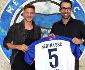 El jugador alemán, en el once ideal del Europeo Sub 21. HethaBSC