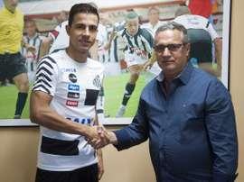 Nilmar está de regresso ao futebol brasileiro. Twitter/Santos