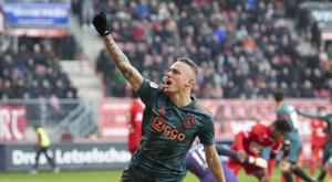 L'Ajax se fait peur mais écrase Twente. Twitter/AFCAjax