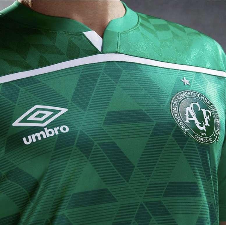 Novo uniforme da Chapecoense para a temporada 2020. Twitter @equipenota_10