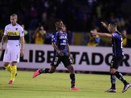 El conjunto ecuatoriano consigue ventaja para la vuelta. AFP