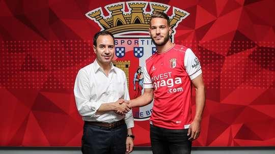 Nuno Sequeira ya ha sido presentado como refuerzo del Braga. Twitter/SCBragaOficial