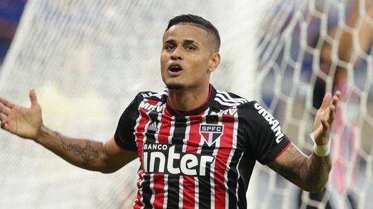 São Paulo ignora a bola, mas dá aula de gol. Twitter @SaoPauloFC