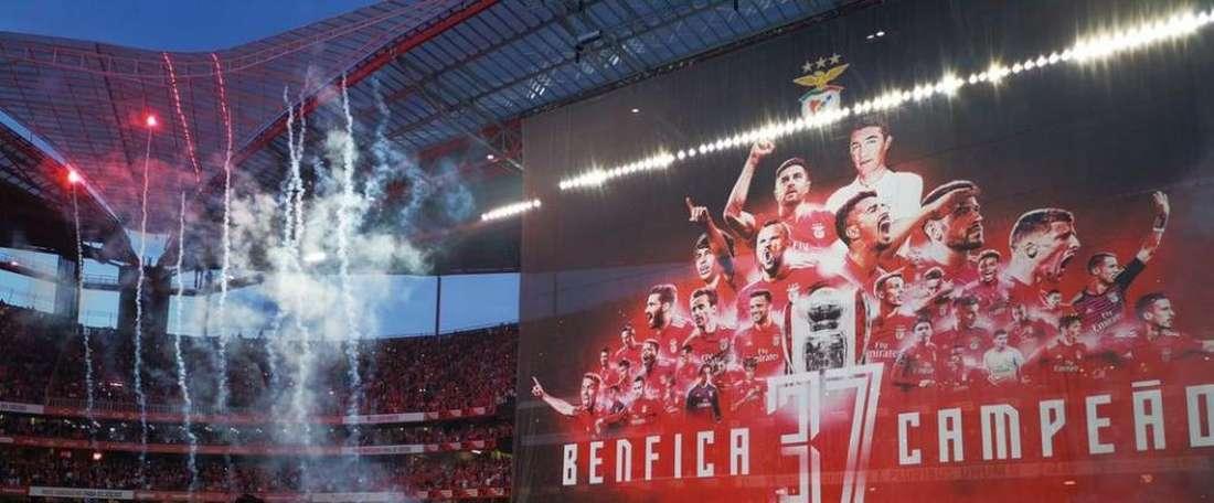 O Benfica conquista o seu 37º título português. Twitter @SLBenfica