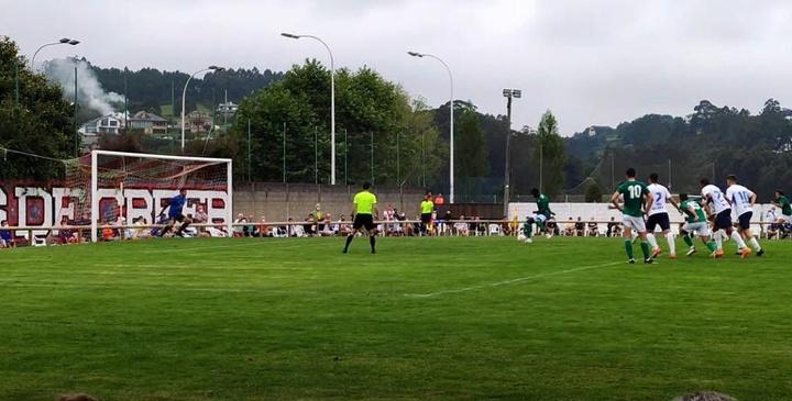 El Oviedo empieza con buen pie. Captura/Youtube/Locoporverteganar