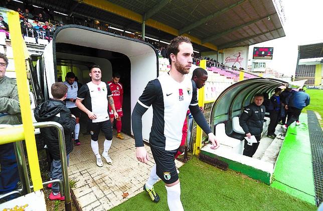 El Burgos se impuso por 1-2 al Linares. DiariodeBurgos