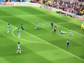 Okazaki, attaquant du Leicester, inscrit un but contre Manchester City. SkySports