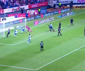 Omar Fernández anotó el primer tanto del partido. Captura/FutAzteca