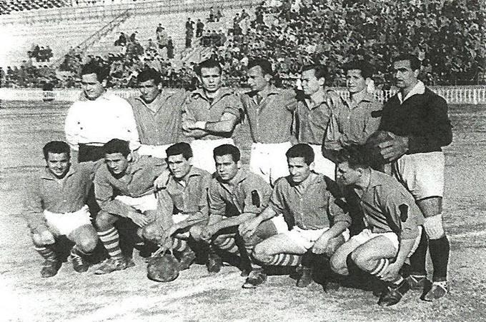 Once de la UD Melilla que luchaba por ascender a Primera en 1951. UDMelilla
