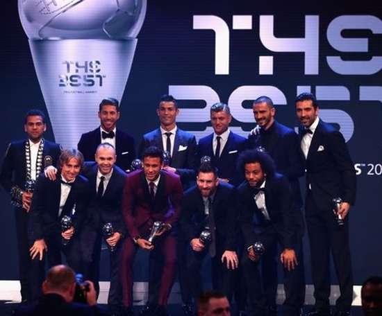 Le onze idéal de l'année dernière. FIFA