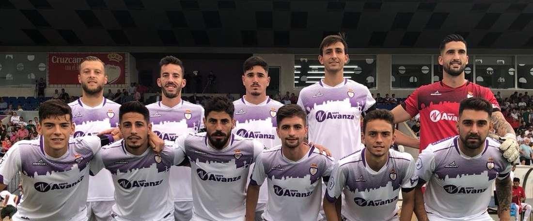 El Real Jaén se pone quinto, con seis puntos de nueve posibles. Twitter/RealJaenCF