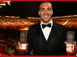 Oriol Romeu disfrutó del premio. SouthamptonFC