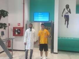 Ricardo Orsolini, pasando el reconocimiento médico con la Juve. Juventus