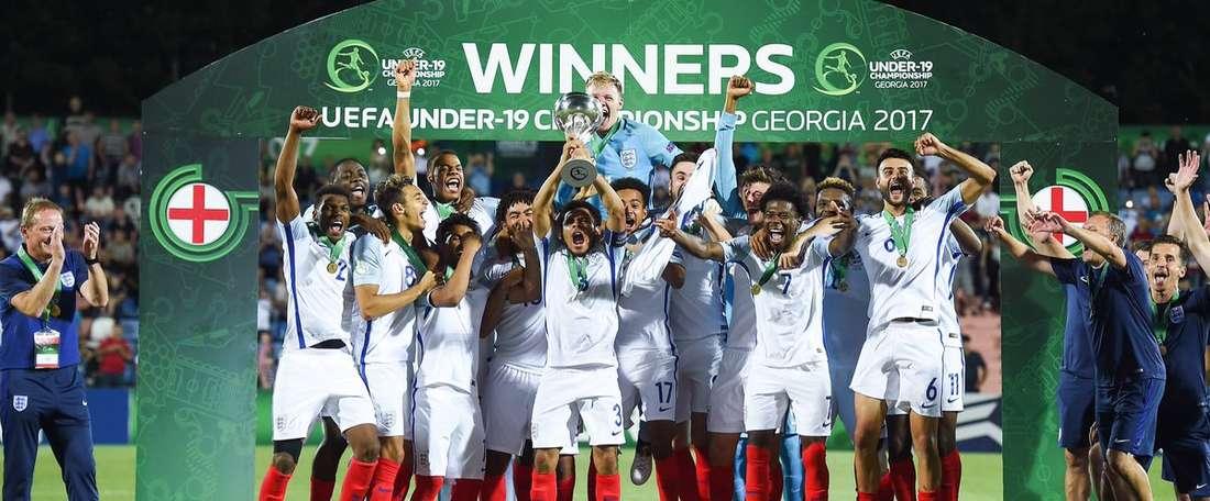 Os jovens britânicos concluíram da melhor forma um percurso 100% vitorioso. Twitter/England