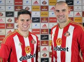Oviedo y Gibson son las dos caras nuevas de los 'Black Cats'. Sunderland
