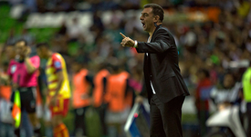 Pablo Guede se reunió con Independiente. Monarcas