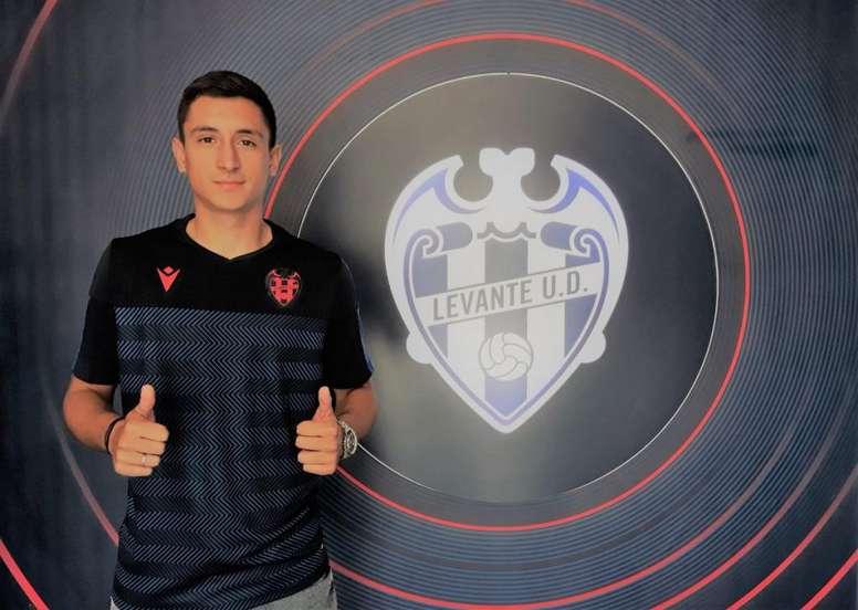 Pablo Martínez aprovechó las lesiones en el centro del campo y la zaga del Levante. LUDatletico