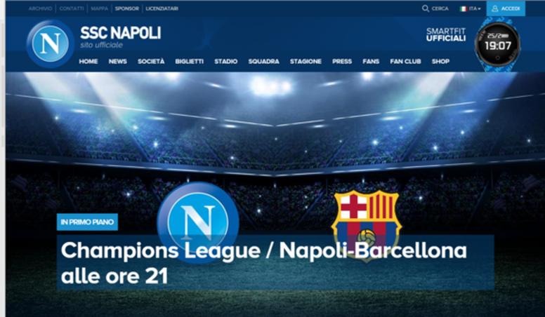 El escudo que no era en la web del Nápoles. sscnapoli