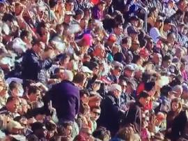 The Camp Nou waved their handkerchieves at the Barca president. Captura/MovistarLaLiga