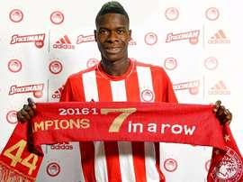 Pape Abdou Cissé tem 22 anos e é internaciona sub-20 pelo Senegal. Olympiacos
