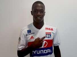 Diop reforça o Lyon. OlympiqueLyonnais