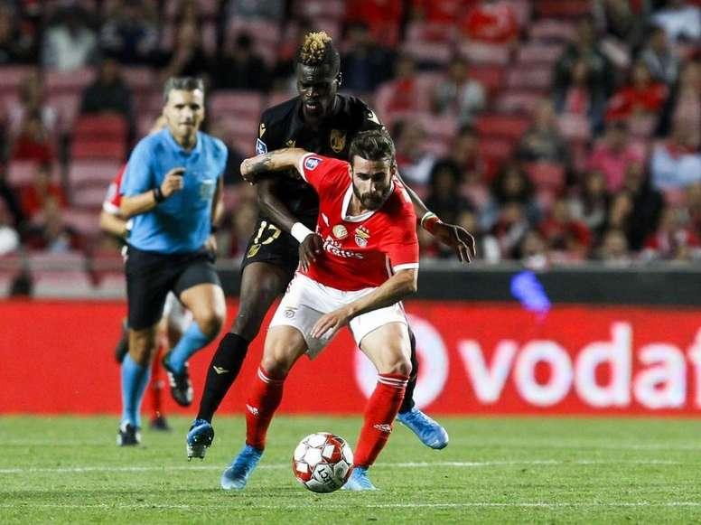 Partida realizada entre Benfica e Vitória SC pela primeira rodada da Copa da Liga. Twitter/@SLBenfic