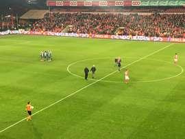 El Zulte tropezó en el campo del Standard de Lieja y encajó cuatro goles. @Standard_RSCL