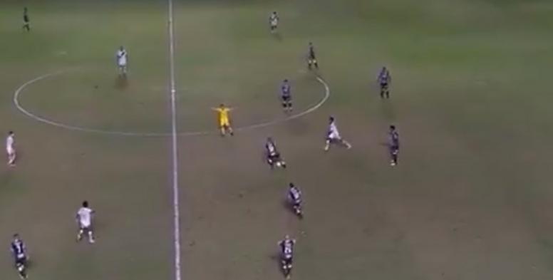 Corinthians se aleja con esta victoria de los puestos bajos de la tabla. Captura/EsporteInterativo