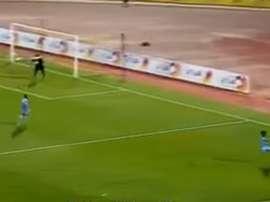 Patada de Ahmed Abdulghafoo durante el partido entre el Al Qadsia y el Al Salmiyah. Youtube