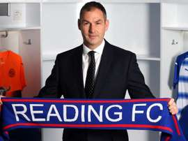 Clement firmó por el Reading. ReadingFC