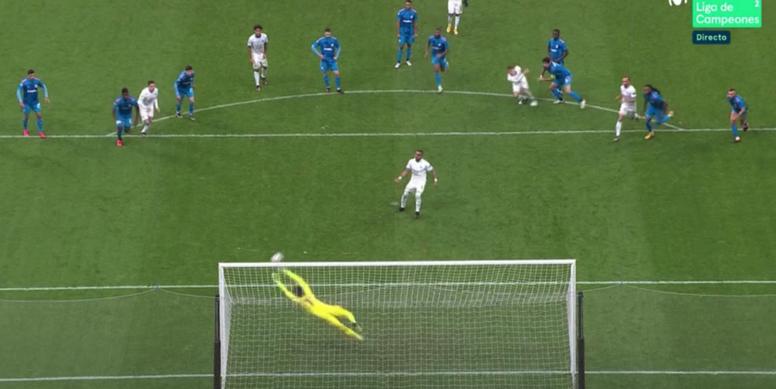Dimitri Payet inscrit son premier but en Ligue des champions. Capture/MovistarLigadeCampeones