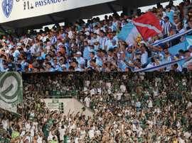 Paysandu e Goiás se enfrentam pela 29ª rodada do Campeonato Brasileiro da Série B. Collage/Twitter