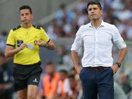 O treinador de 42 anos pode, assim, perder mais uma peça importante do Estoril. Twitter/MF