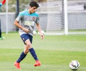 O jovem talento deve ser integrado na equipa principal do SP. Braga. SCBraga