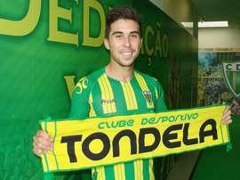 O médio de 22 anos vai jogar no Tondela em 2017/18. CDTondela