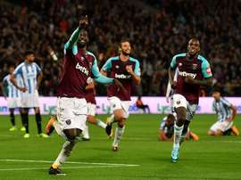 Pedrio Obiang celebrates giving his side the lead against Huddersfield. Twitter/WestHamUtd