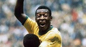 O dia em que Pelé quis voltar ao futebol para ofuscar Maradona. Twitter