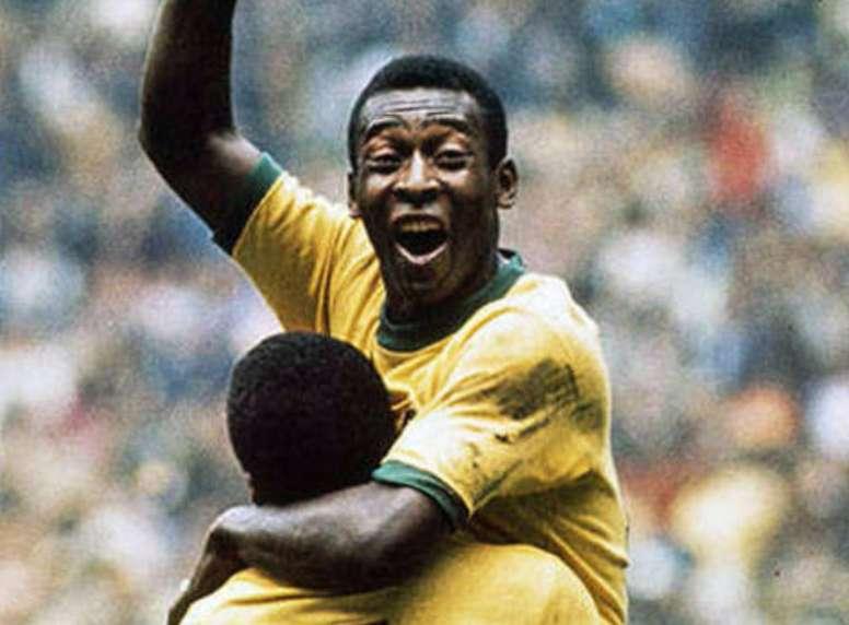 Pelé, ex jugador de Brasil y Santos. Varios