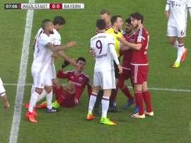 El pisotón de Lewandowski que ha indignado a Morales. Captura