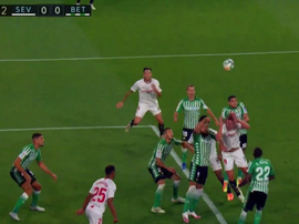 Bartra was harshly penalised for a foul and Ocampos scored the penalty. Captura/MovistarLaLiga