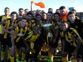 Peñarol se proclamó campeón del Clausura Uruguayo 2017 tras derrotar por 0-4 a Cerro. CampeonatoAUF